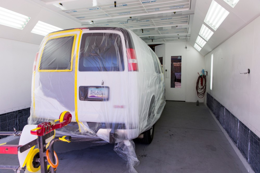 paint room in auto body shop